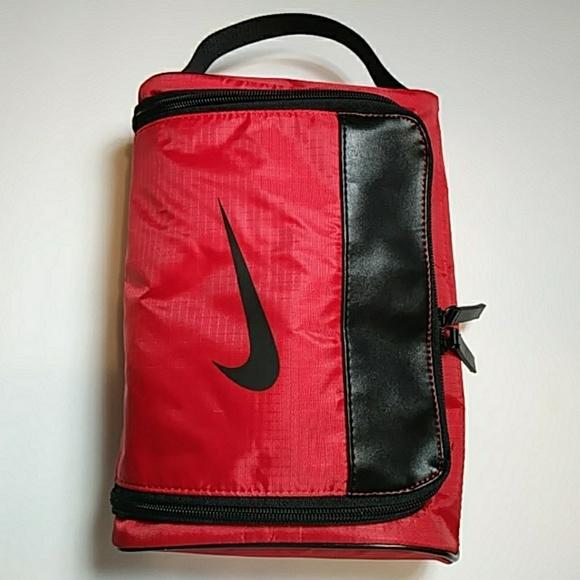 2362b9f529ea Nike Golf toiletry bag. M 5b620bce3c98446e1b4695a1